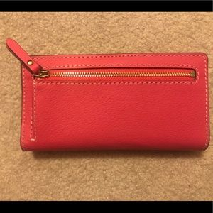 c5a2c5676653 kate spade Bags - Kate Spade Thompson Street Stacy Wallet